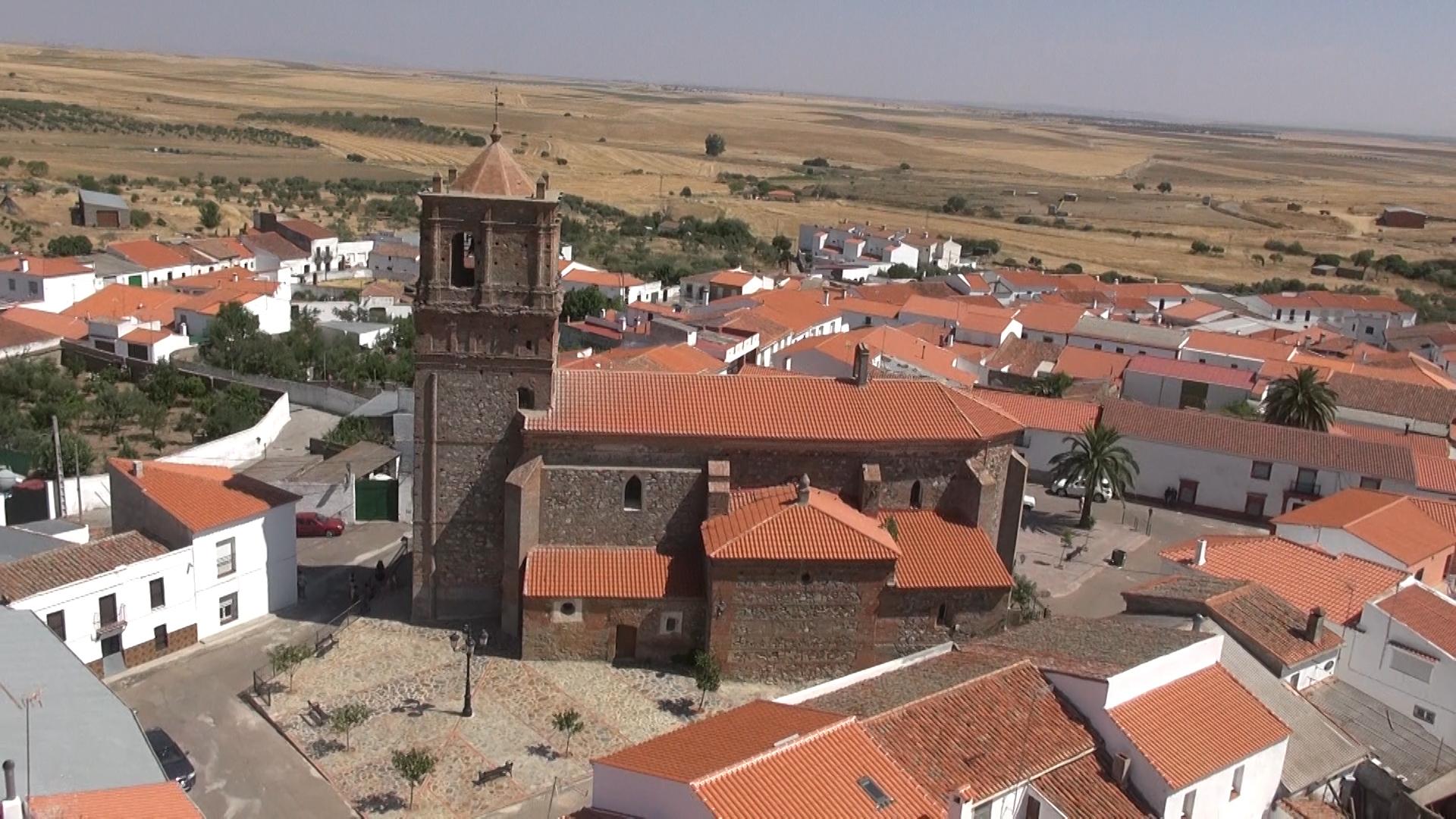 Iglesia casas de reina
